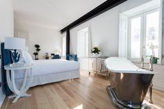 Located in the heart of Lisbon, @palacioprincipereal is a 19th-century palace, surrounded by leafy gardens of jacaranda and lemon trees. It has become the new go-to hotel for Portugal tourists. The twenty-eight rooms have the iconic Drummonds' roll-top baths which provide their guests with a supremely comfortable and elegant stay. Wall Mounted Towel Rail, Classic Showers, Shower Rose, Roll Top Bath, Bath Shower Mixer, Classic Bathroom, Wall Bar, Lisbon, Bedroom Furniture