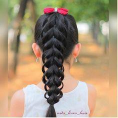 """Something a little different, a Loop pull through braid. ❤️ Credit: @nita_loves_hair ❤️"""