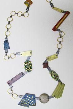 mar de color rosa: contemporary jewelry