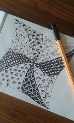 Mijn eerste serieuze zentangle tekening.