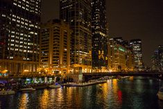 Chicago River at Night – Cities Of This World Chicago At Night, Chicago River, Night City, 2 In, New York Skyline, Cities, Beautiful Places, World, Creative