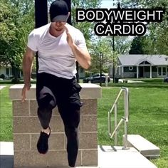 Full Body Bodyweight Workout, Hiit Workout Routine, Sixpack Workout, Gym Workout Videos, Gym Workouts, Elliptical Workouts, Prison Workout, Core Workout Challenge, Spartacus Workout