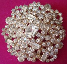 Hattie Carnegie Signed Clear Glass and Rhinestone Prong Set Brooch