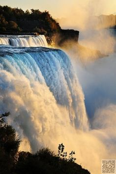 41. #Niagara Falls, #Canada/USA - Waterfalls : More At FOSTERGINGER @ Pinterest ⚫️