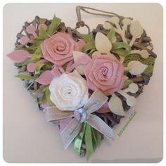 Cuore con rose lino, by fattoamanodaTati, 22,00 € su misshobby.com
