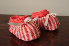 Orange Booties Hand Knit Baby Shoes Unisex Booties by Pinknitting Knit Baby Shoes, Knit Baby Booties, Baby Slippers, Crib Shoes, Polyester Satin, Pretty Baby, Baby Feet, Baby Knitting, Baby Shower Gifts