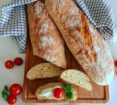 Original italienisches Ciabatta :: Bella-cooks-and-travels Nom Nom, The Originals, Cooking, Ethnic Recipes, Versuch, Food, Baguette Recipe, Ciabatta Bread Recipe, Chef Recipes