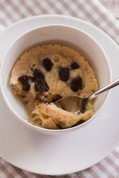 Veganer Mikrowellen-Tassenkuchen ohne Ei | http://www.backenmachtgluecklich.de