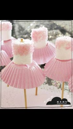 Cute ballerina lollies