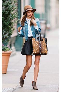 perfecto!...el bolso me encanta pero nunca me lo pondria si es de piel de verdad..pobre bambi :(