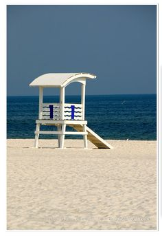 Lifeguard Stand Photo - Gulf Photography - Sand and Surf - Beach Decor - Gulf Coast - theRDBcollection - Renee Dent Blankenship Lifeguard Chair, Beautiful Days, Beach Bungalows, Bathroom Pictures, Tight Budget, Beach Chairs, Beach Photos, Beach Club, Summer Vibes