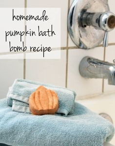 Treat yourself this fall with this easy DIY Halloween Pumpkin Bath Bomb Recipe. You'll love the intoxicating scent of pumpkin spice from your favorite fragrance oil and the moisturizing shea butter, sesame oil and detoxifying sea salt. Plus, with a few tips you can make these perfect the very first try!