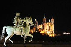 Notre-Dame de Fourvière et Statue de Louis XIV .Lyon.