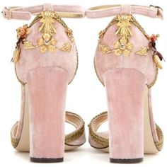 Dolce & Gabbana Keira Embellished Velvet Sandals ($655) ❤ liked on Polyvore featuring shoes, sandals, pink sandals, embellished shoes, velvet shoes, decorating shoes and pink shoes