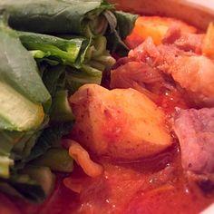 冷蔵庫にあったお野菜を入れてカムジャタンにしました!! 韓国の方の透き通るような、綺麗なお肌が羨ましいです。 韓国の方のような肌を目指して(笑) - 77件のもぐもぐ - スペアリブと新じゃがでカムジャタン by kananakanishi