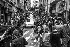 25 de Março Street by Ricardo Mavigno on 500px
