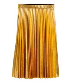 Knee-length pleated skirt in woven fabric with a metallic finish. Concealed side zip. Raw edge at hem.