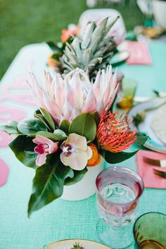 Wedding Themes Go for a tropical theme for your bridal shower. - Get ready for gorgeous, tropical bridal shower bliss! Floral Wedding, Wedding Flowers, Wedding Bouquets, Tropical Centerpieces, Protea Centerpiece, Orchid Centerpieces, Tropical Home Decor, Tropical Interior, Tropical Furniture