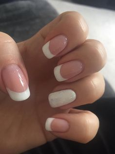 Quick And Easy Sparkling White French Manicure #Frenchmanicure