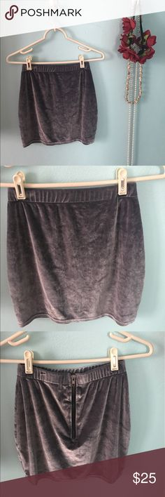 Urban renewal size medium/small velvet skirt Size medium but fits like a medium/small. Zips in the back. Perfect condition. From urban outfitters. So soft and pretty. I love it but just never have found an occasion to wear it. Urban Outfitters Skirts Mini
