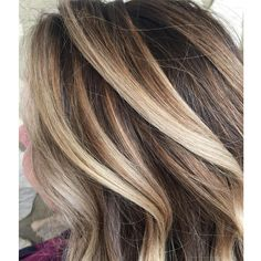 Brown Hair With Lowlights, Brown Hair With Blonde Highlights, Brown Ombre Hair, Ombre Hair Color, Hair Color Balayage, Blonde Balayage, Hair Highlights, Summer Highlights, Caramel Highlights