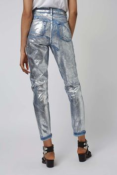 Carousel Image 3 - Mom Jeans - Ideas of Mom Jeans Painted Jeans, Painted Clothes, Look Patches, Denim Fashion, Womens Fashion, Denim Ideas, Denim Trends, All Jeans, Legging