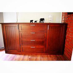 Мебельное ателье FEELWOODS. Комод выполнен из массива дерева, ручная работа, сделано с любовью❤️