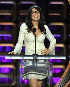 Katey Sagal at the roast of roseanne Beautiful Celebrities, Beautiful People, Perfect People, Beautiful Women, Gemma Teller Morrow, Katie Aselton, John Ritter, Katey Sagal, Married With Children