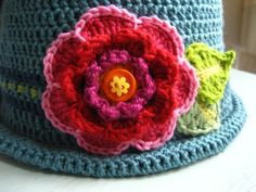 crocheted flower and leaf tutorial
