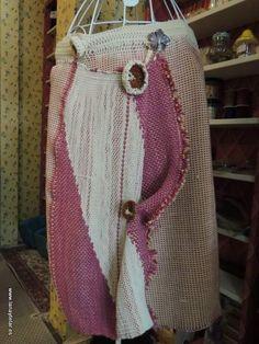 Imagen relacionada Burlap, Reusable Tote Bags, Loom, Hessian Fabric, Canvas