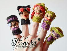 Krawka: Set of crochet finger puppets -  super Villains from Batman: Catwomen, Poison Ivy, Penguin, Riddler, Joker