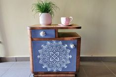 Art Deco, Diy Furniture, Nightstand, Diy And Crafts, Home Staging, Table, House, Inspiration, Entrepreneurship