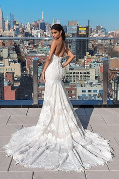 Wedding Dress 99027 by Justin Alexander Signature - Search our photo gallery for pictures of wedding dresses by Justin Alexander Signature. Find the perfect dress with recent Justin Alexander Signature photos. Wedding Dress Finder, Lace Gown Styles, Cathedral Length Veil, Wedding Dress Pictures, Dress Out, Designer Wedding Dresses, Floral Lace, Bridal Gowns, Marie