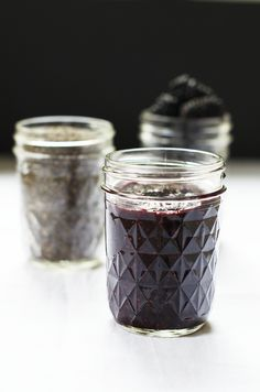 Blackberry Chia Seed Jam & Health Warrior Chia Seeds & Chia Bars #Giveaway via @shuliemadnick  #food