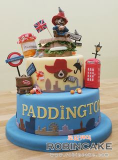 Tada-! This is my paddington bear cake! It's one of my favorite :D