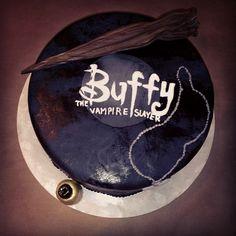 A 16 años del Estreno de Buffy The Vampire Slayer. El regalo de Sarah Michelle Gellar para sus Fans! | .::| Buffy, La Caza Vampiros - BuffyVerso Site |::.