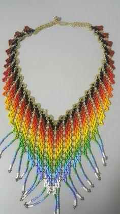 Wire Jewelry, Beaded Jewelry, Beaded Bracelets, Beaded Necklace Patterns, Crochet Necklace, Collar Redondo, Earrings Handmade, Handmade Jewelry, Beading Patterns Free