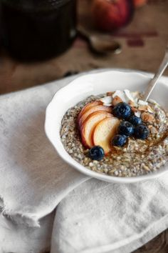 Oat, Buckwheat and Chia Raw Porridge