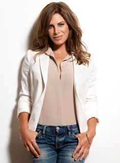 """Jillian Michaels gives it to you straight Wellness guru and """"Biggest Loser"""" (USA) star Jillian Michaels arrived at Bournemouth Pavilion last night in an all out assault on the fear, apathy and bad habits that hold a lot of us back.  Guru's can have a bad name, sometimes understandably so. They're overly positive, full of affirmations o... https://www.thedorsetpost.co.uk/2015/01/jillian-michaels-straight/"""
