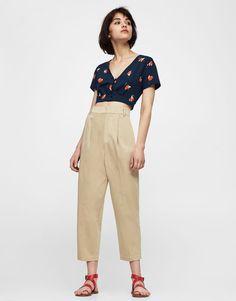 :Calças estilo chino de cintura subida