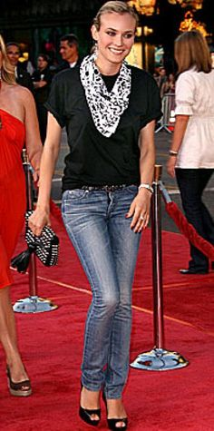 Look of the Day › July 27, 2008 Kruger tried on a casual look at the L.A. premiere of The X-Files: I Want to Believe. The actress was low-key in Acne jeans with an American Apparel T-shirt, an H&M scarf and a Jaeger-LeCoultre watch.