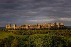 Immagini della cinta muraria Monument Valley, New York Skyline, Vineyard, Italy, Nature, Travel, Outdoor, Self, Outdoors