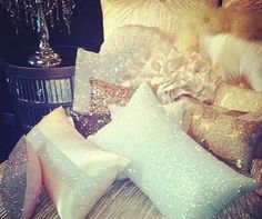 Sparkly Pillows♥♥ so pretty but probably uncomfortable Dream Rooms, Dream Bedroom, Home Bedroom, Girls Bedroom, Bedroom Decor, Bedroom Ideas, Master Bedroom, Bedroom Black, Bedroom Styles