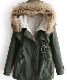Green Parka, Green Fur, Green Coat, Look Fashion, Womens Fashion, Street Fashion, Hooded Parka, Parka Coat, Trench Jacket