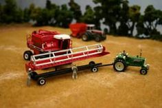 1/64 WHITE Combine on the model farm