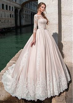 Buy discount Glamorous Tulle Bateau Neckline Ball Gown Wedding Dress With Lace Appliques & Beadings & Belt at Dressilyme.com #laceweddingdresses #weddingdress