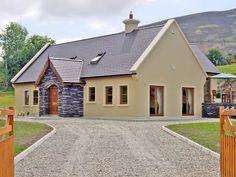 Exterior Paint Colours For House Ireland 55 Ideas For 2019 Best Exterior Paint, Exterior Paint Colors For House, Paint Colors For Home, Paint Colours, Cottage House Plans, Cottage Homes, Ireland Homes, House Ireland, House Designs Ireland