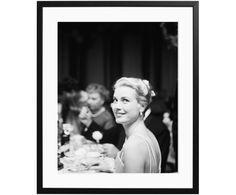 Gerahmter Fotodruck Grace Kelly 1955 Jetzt bestellen unter: https://moebel.ladendirekt.de/dekoration/bilder-und-rahmen/bilder/?uid=dc57e4ae-9701-5ad0-8d1d-4b52d0f13383&utm_source=pinterest&utm_medium=pin&utm_campaign=boards #bilder #rahmen #dekoration