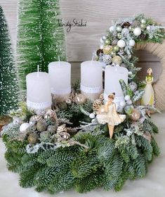 Christmas Advent Wreath, Magical Christmas, Christmas Candles, Outdoor Christmas Decorations, Christmas Centerpieces, Beautiful Christmas, All Things Christmas, White Christmas, Christmas Time
