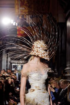 Giles Deacon's Best Hat Tricks  - Giles Fall 2012